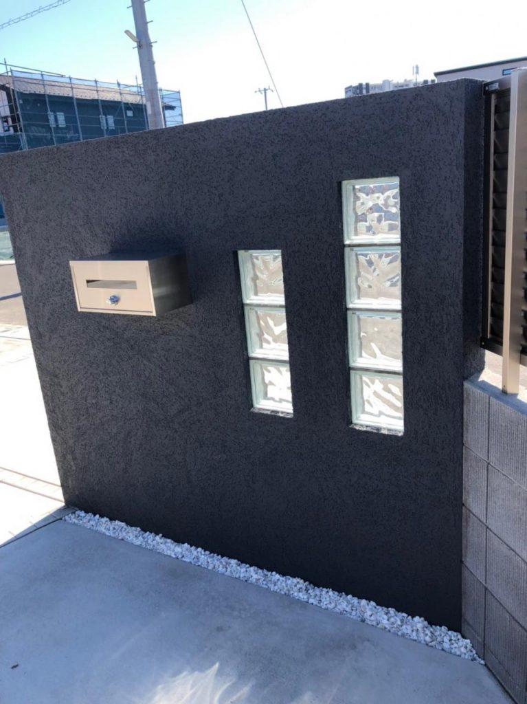 ガラスブロック門柱内側